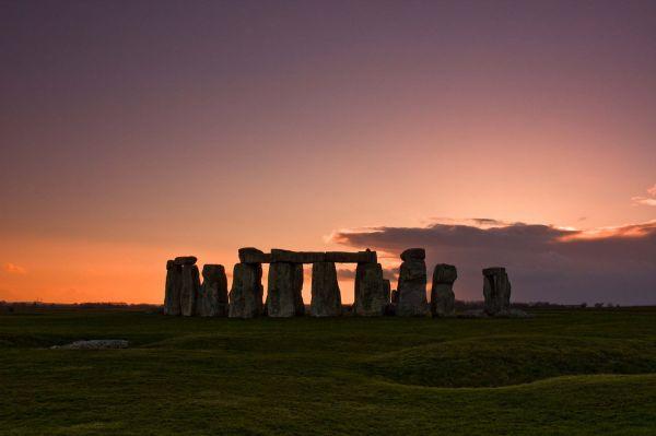 sunset_stonehenge-338-600-400-80